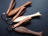 ◆オリジナル彫刻入り 両面◆ 【onagawa fish】キーホルダー